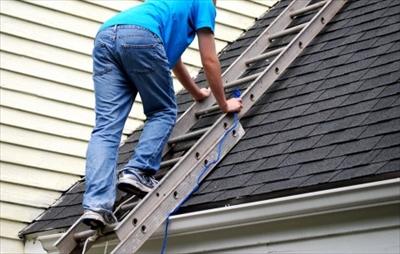 便利屋さんがトタンや屋根の修理